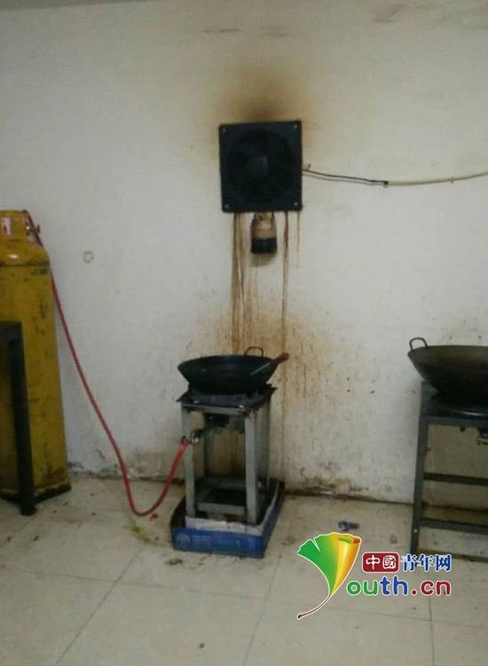 面临断炊的厨房