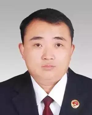 王磊 曹县查察院公诉科副科长