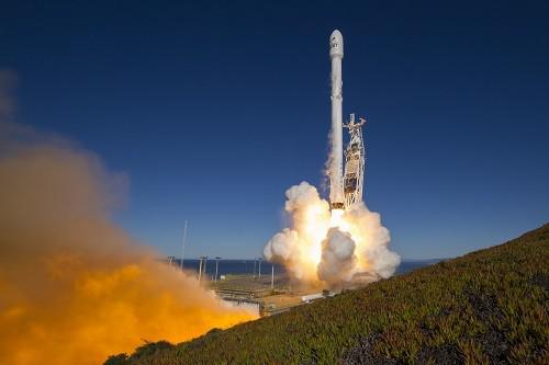 美媒称中国研发新卫星:必要时与美飞行器同归于尽