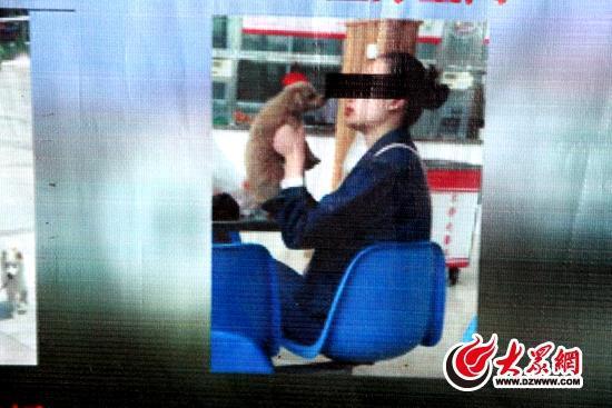 曝光台曝光的不文明行為包括養寵物、吸煙等不文明行為。