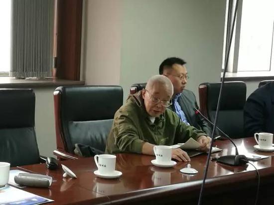 ▲工作会议中的刘先林。(图片来源:中国测绘科学研究院)