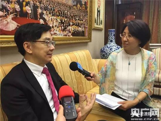 李秀恒接受央广记者采访