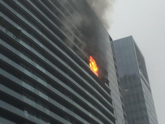 火灾发生时的情景。受访者供图