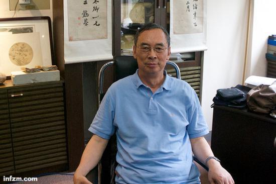 每天早上八点半,朱清时会准时来到位于中国科技大学校园内的办公室。(南方周末记者谭畅/图)