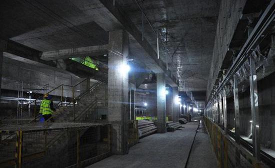 轨道10号线红土地站建设中。图片来自重庆轨道集团官方微博