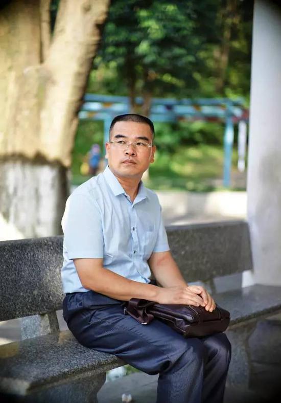 莫焕晶的辩护律师党琳山(张雷 摄)