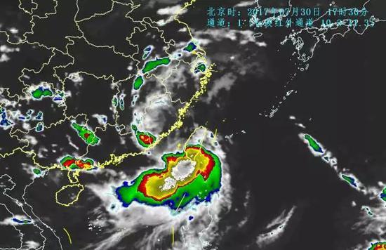 """台风""""海棠""""将吞并""""纳沙"""" 承包未来一周降雨"""