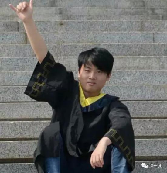 △因为家庭困难的原因,李文星最终放弃了考研,转而开始找工作