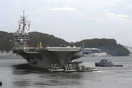 """著名的美军航母""""小鹰""""号,也曾参与过越战。(图/美国海军)"""