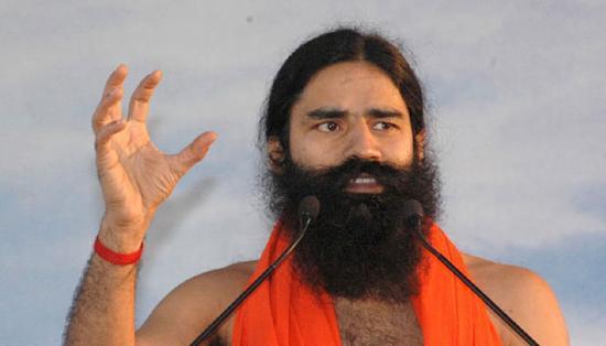 印度著名瑜伽导师巴巴·拉姆德夫(BabaRamdev)