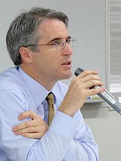 威廉·格里姆斯(William W。 Grimes):哈佛大学肯尼迪政治学院客座教授,波士顿大学亚洲研究中心主席。