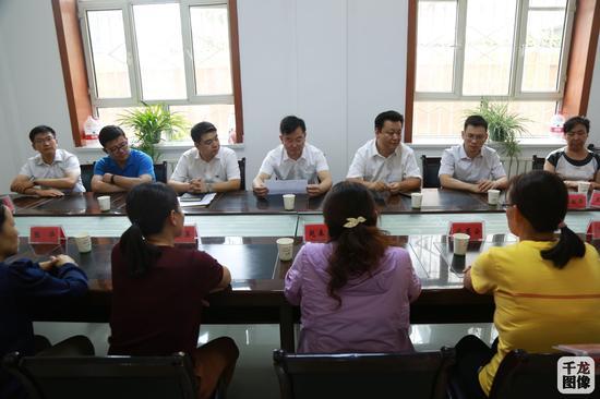 北京援疆前指、北京市教委负责人与受援地教育部门研讨教育援疆工作 彭腾摄