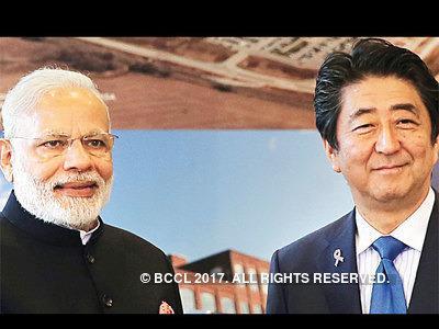莫迪与安倍。(图片来源:印度时报)