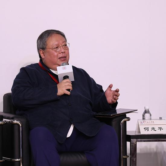 香港社会运动家、中华能源基金委员会常务副主席兼秘书长何志平