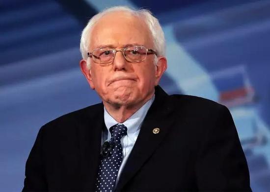 他说,这是华尔街权力和金钱影响政治的体现。
