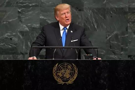 朝鲜、叙利亚、伊朗、委内瑞拉被他怼了个遍,还把Namibia(纳米比亚)念成了Nambia,赚足了眼球。