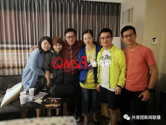 6名杭州游客在遭遇枪击案后,平安回到住宿酒店