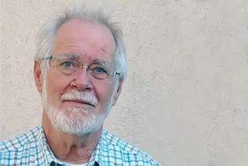 2017 年的诺贝尔化学奖得主Jacques Dubochet