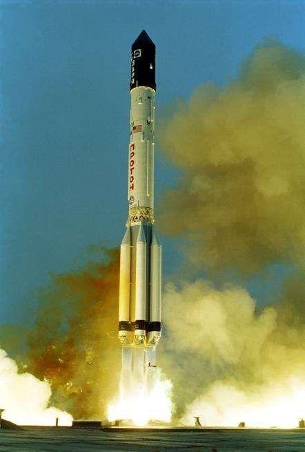 """▲""""质子""""号重型运载火箭"""