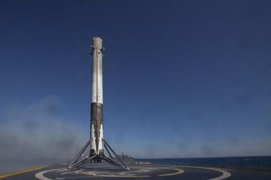 """▲美国太空探索技术公司(SpaceX)的""""猎鹰9""""火箭"""