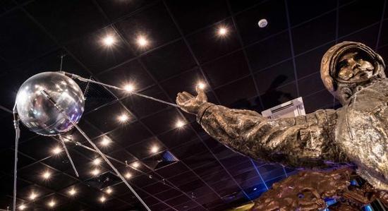 """▲现今在莫斯科航天博物馆展出的""""斯普特尼克""""号全尺寸模型(法新社)"""