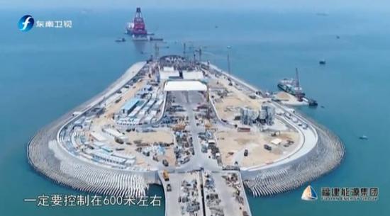 珠港澳大桥总工程师谈攻关 1节沉管安装失败2次