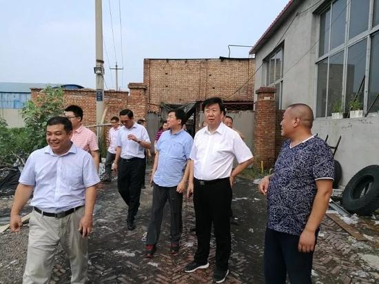 雄安新区党工委副书记、管委会常务副主任刘宝玲在基层调研。
