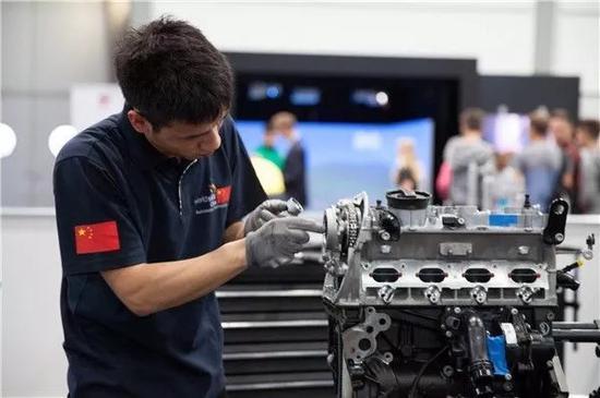 参加世界技能大赛,获得汽车技术项目全球第九