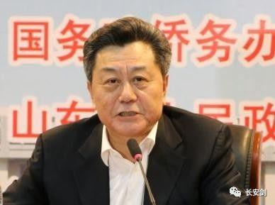 曲淑辉(国家民族事务委员会纪检组原组长)