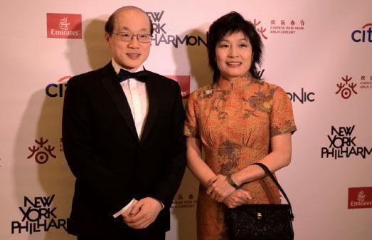 资料图片:刘结一与夫人章启月。