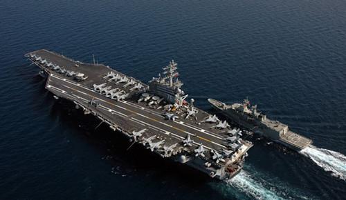 """美国""""里根""""号核动力航空母舰"""