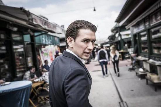 尤其在2013年,年仅27岁的他成为奥地利外交部长,震撼欧洲政坛。
