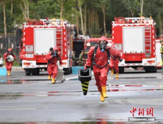消防兵。(资料图) 张瑶 摄
