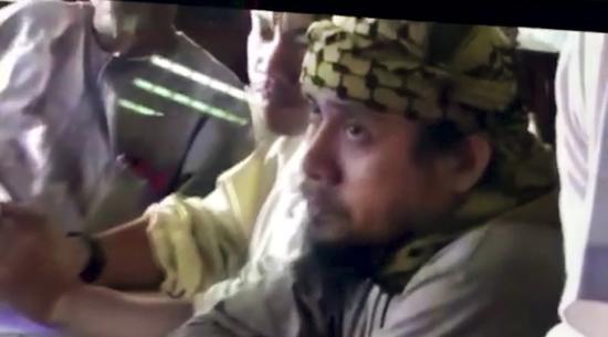 2名武装分子头目被菲军方击毙。(图片来源:美联社)