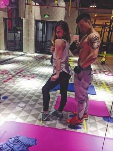 葛燕希和老公都热爱健身。