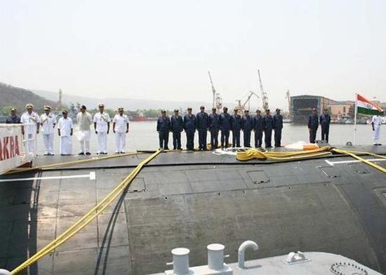 印度核潜艇的下水仪式。