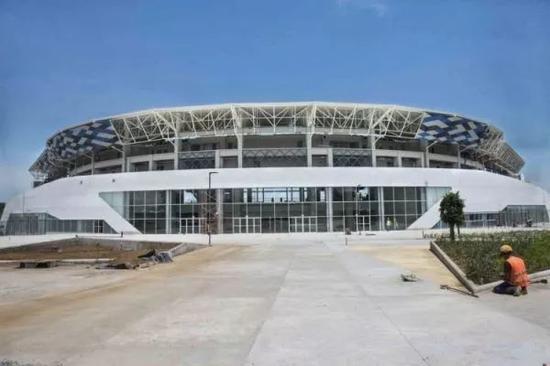 ▲尼加拉瓜首都马那瓜的新棒球场(尼加拉瓜《新闻报》)