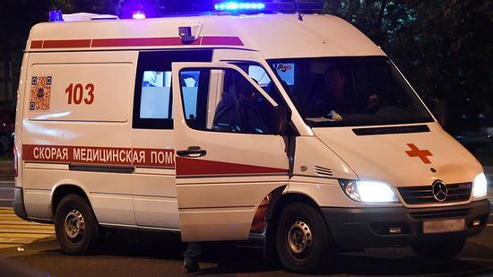 枪案发生后救护车出动 图源:卫星新闻网/今日俄罗斯