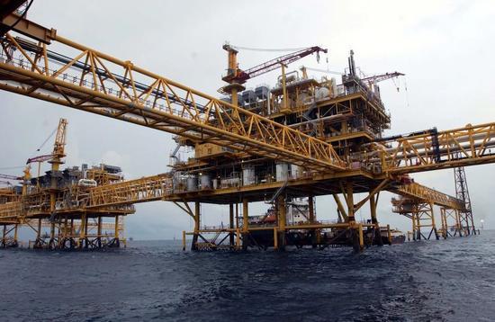 ▲伊朗能源出口主要为石油和天然气。(《金融论坛报》)