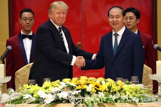美国总统特朗普和越南国家主席陈大光(图/东方IC)