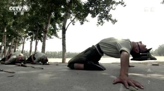 △身体柔韧性的训练也是对极限的考验