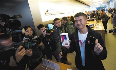 iPhoneX黄牛价降至官网价 黄牛:仨月被苹果坑两次