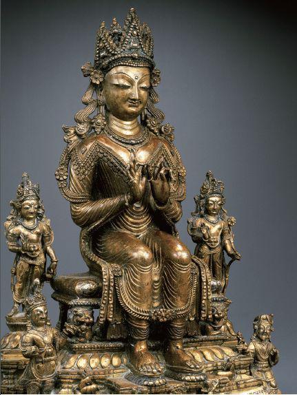 镶银铜弥勒坐佛、二菩萨及若干皇室供养人造像。