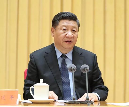 2018年5月18日至19日,全国生态环境保护大会在北京召开。中共中央总书记、国家主席、中央军委主席习近平出席会议并发表重要讲话。新华社记者 王晔 摄