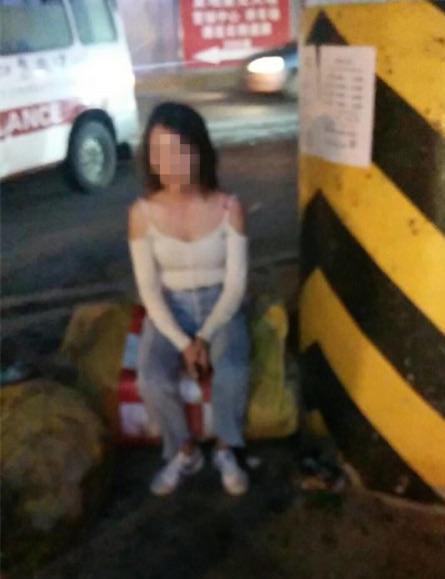 90后女司机长沙酒驾发生车祸 3车受损2人当场死亡