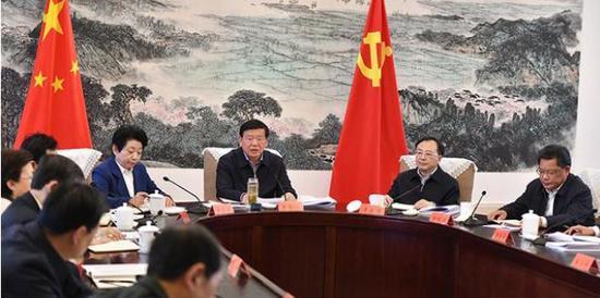 """这个GDP""""优等生""""省份召开常委会:严禁过度防控图片"""