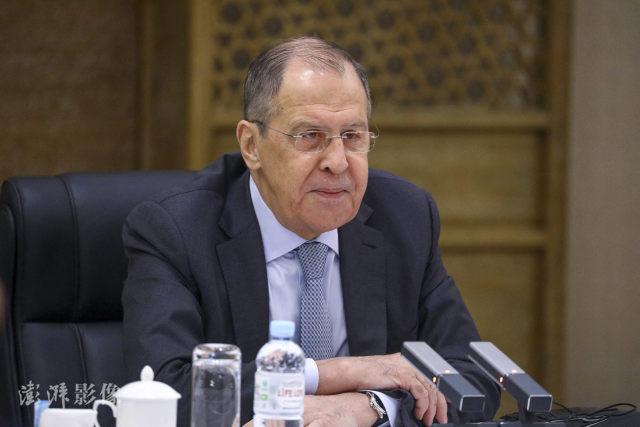 拜登想跟普京聊人权,俄外长回应扎心了