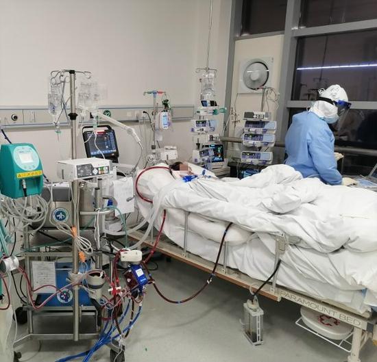 一台ECMO人工肺的千里出征记:和时间赛跑,与病魔抢人图片