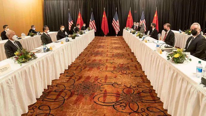 """""""外交天团""""再刷屏 中美高层对话这7个细节值得细品图片"""
