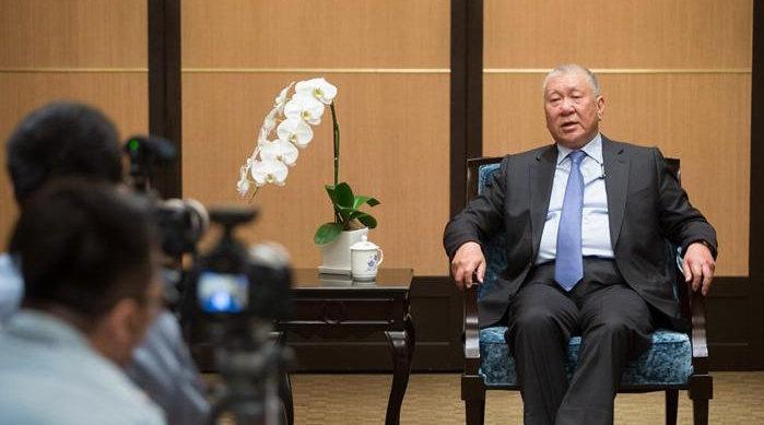 """视频-全国政协副主席何厚铧:澳门人从未动摇对""""一国两制""""的信任"""
